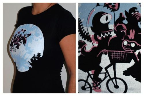 ET T-shirt by Splitreason - details